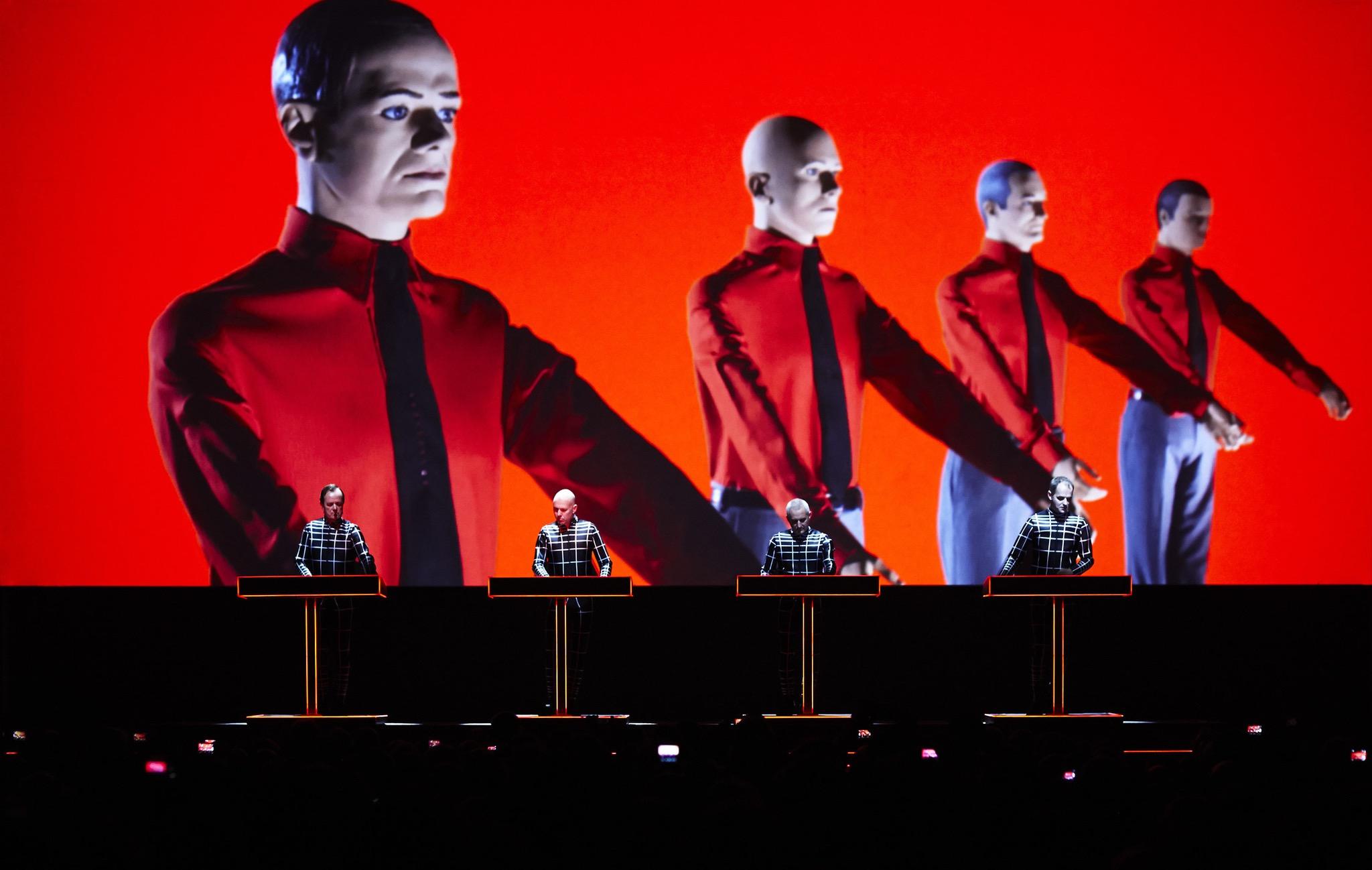 Kraftwerk выпустят новый живой альбом и концертный фильм в 3D 3-d the catalogue