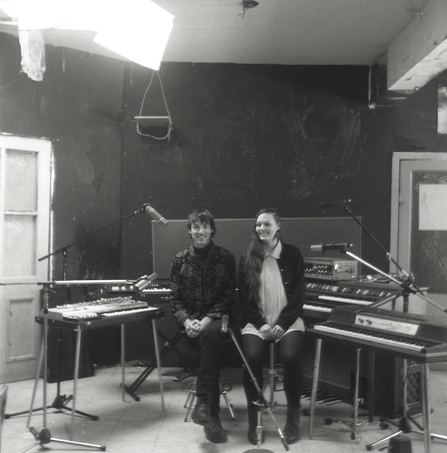 """Couleur Dessin расширяют рамки психоделического поп звучания в новом сингле """"Find Me Easily"""" 1"""