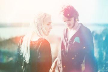 """Dream Lake делятся кассетными воспоминаниями в ретро-видео на композицию """"Midnight Sun"""""""
