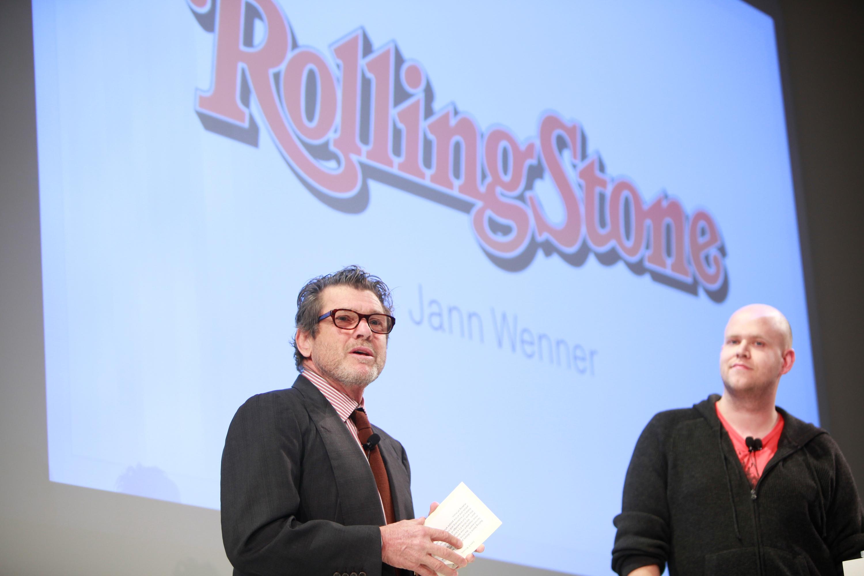 """Спустя полвека Джанн Веннер готов продать журнал """"Rolling Stone"""""""