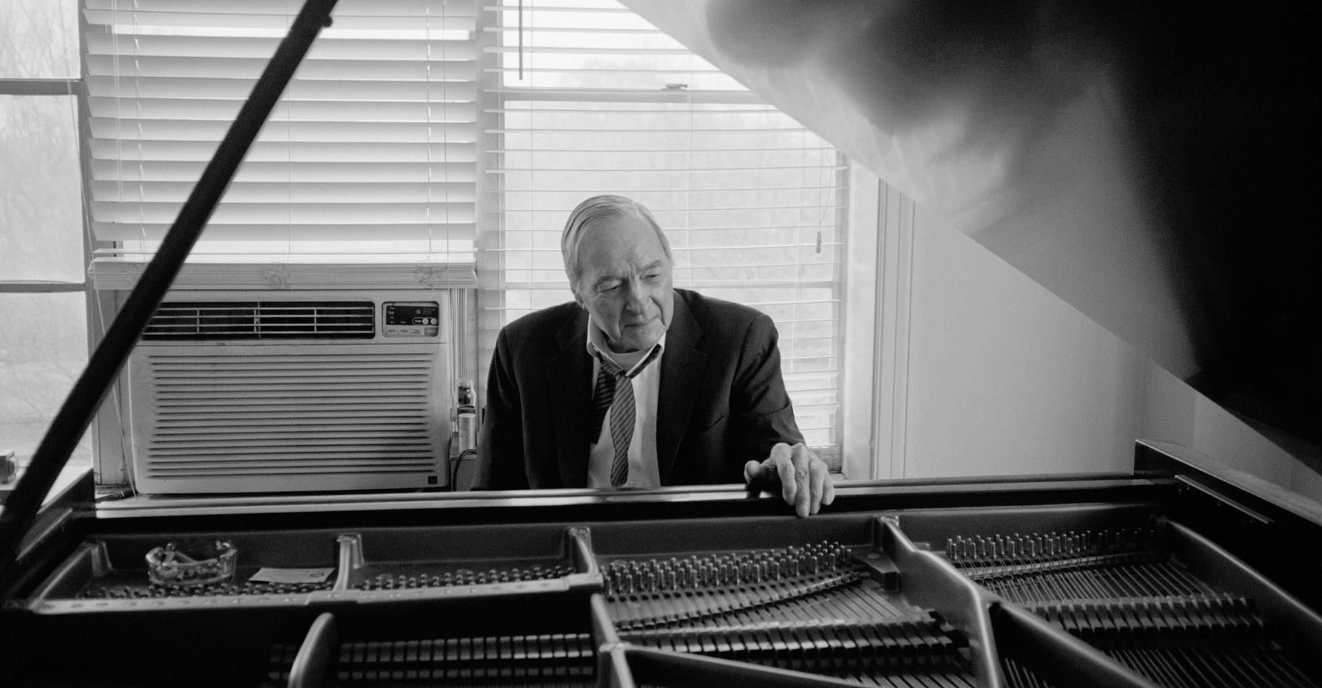 """Маэстро цветной фотографии Уильям Эглстон анонсировал свой дебютный альбом """"Musik"""""""