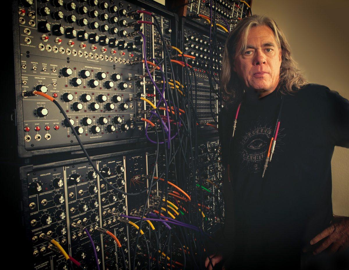 """Эмбиэнт-маэстро Стив Роуч анонсировал юбилейное переиздание своего альбома """"Dreamtime Return"""""""
