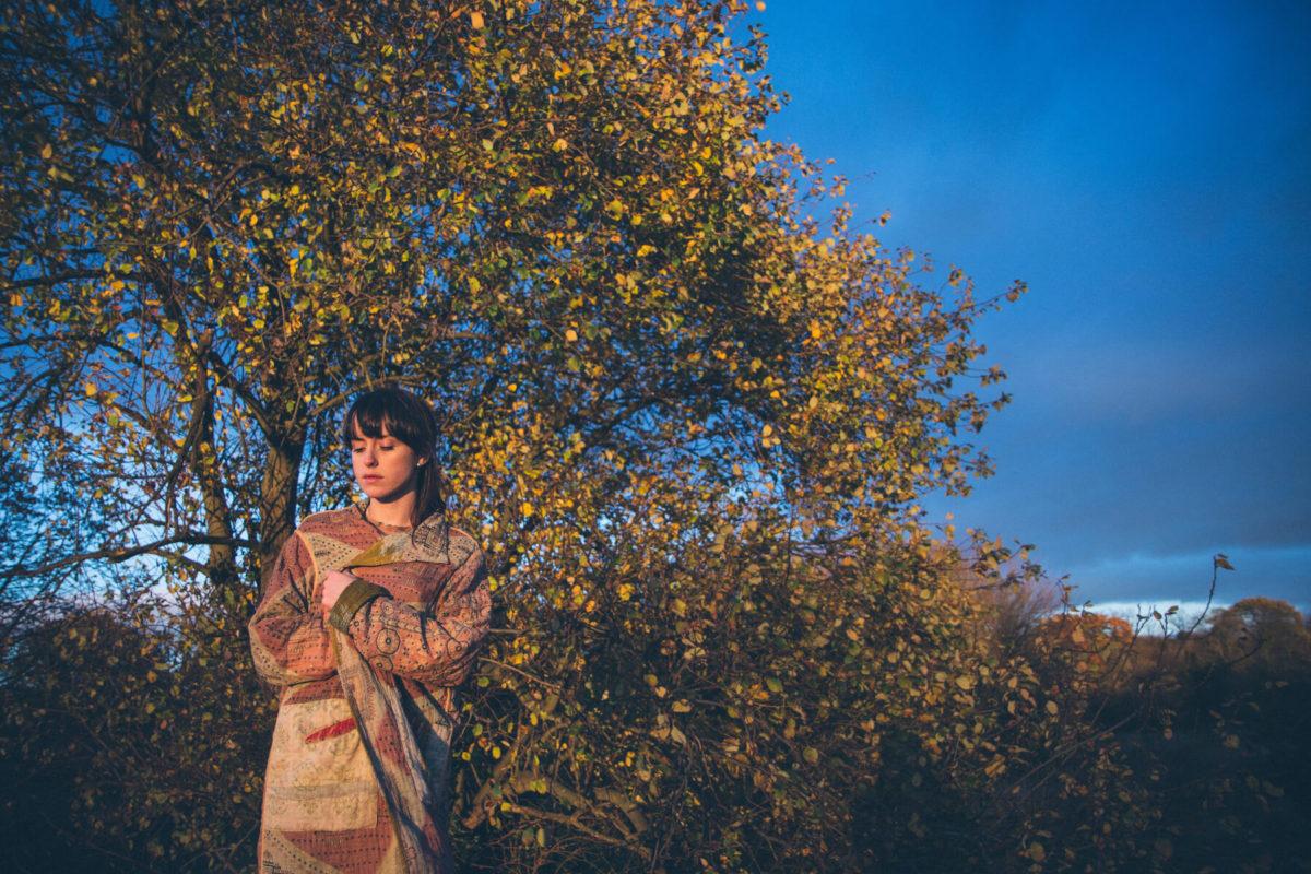 """Caoilfhionn Rose отправляется в медитативное странствие в клипе на дебютный сингл """"Awaken"""" 1"""