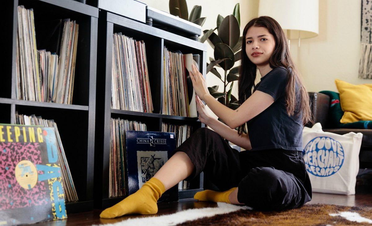 Микс дня: DJ Бьянка Лексис собирает неординарные каверы на популярные хиты 1