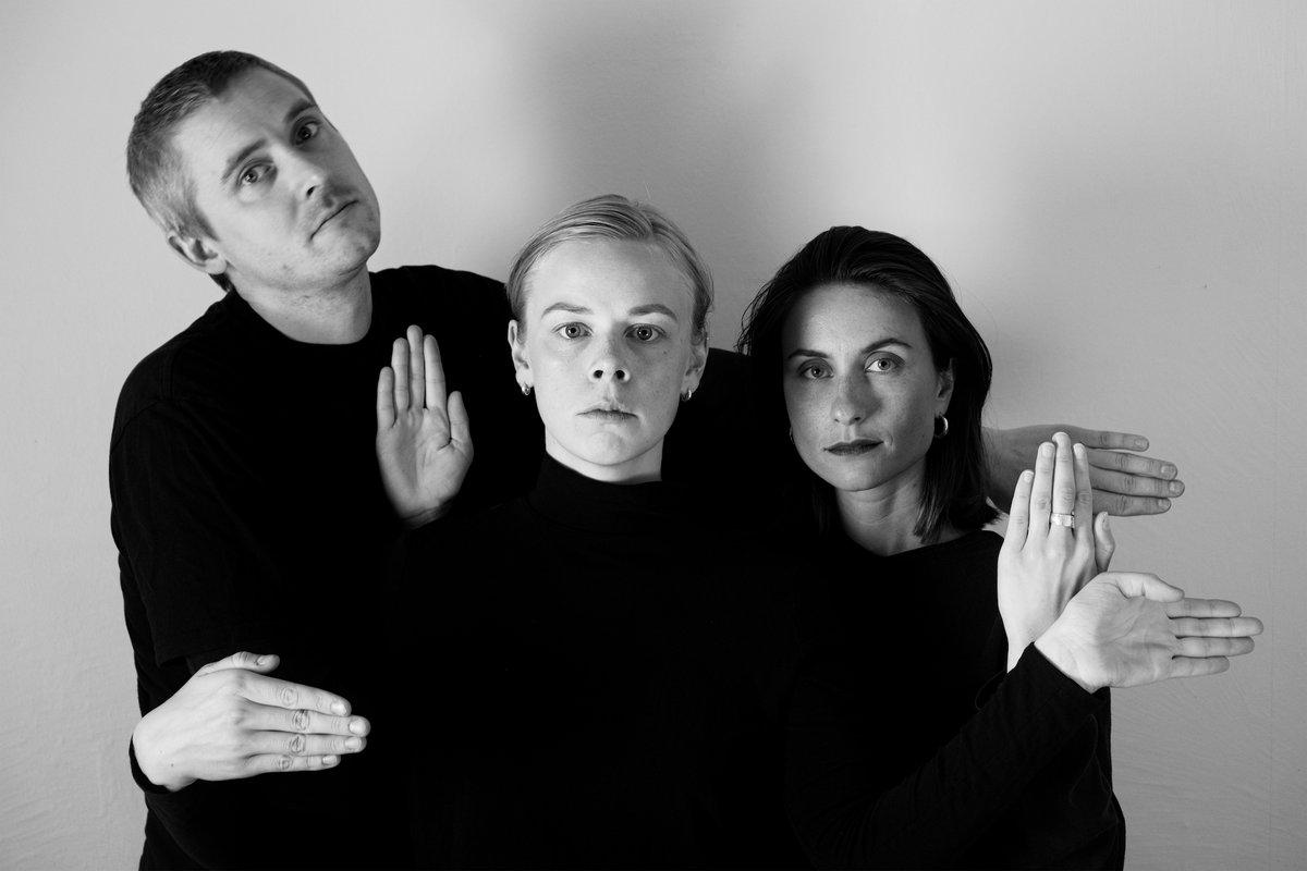 """Hey Elbow выпустили третий лонгплей """"We Three"""" 1"""