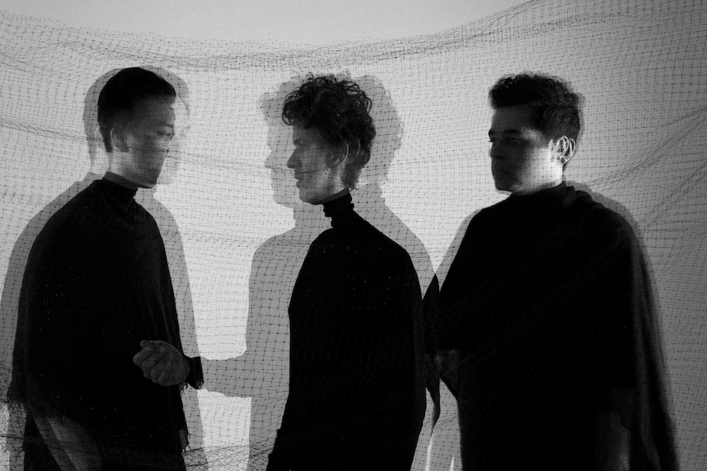 """Son Lux развивают идеи нео-соула на свежем треке """"Prophecy"""" 1"""
