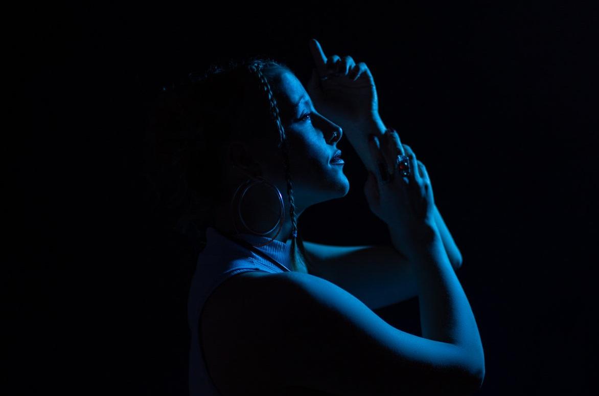 """Аллиша Джой готовит первый EP на First Word Records """"Light It Again"""" 1"""