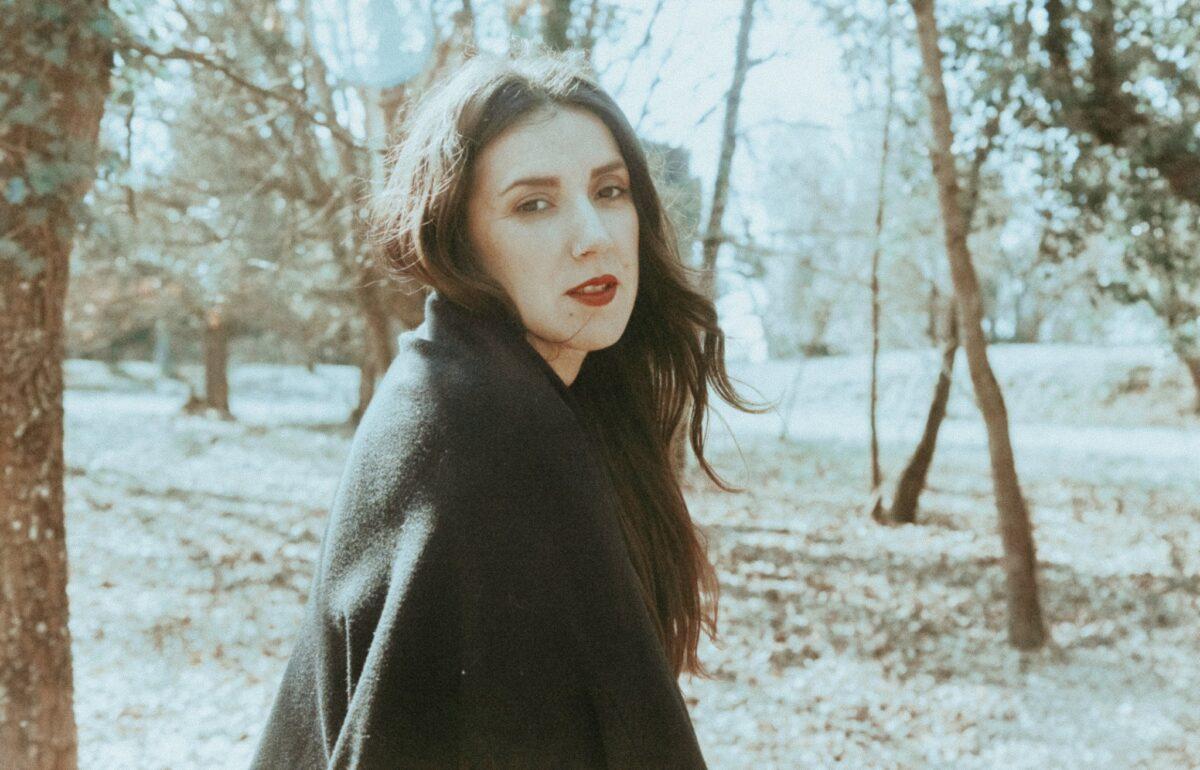 """Несси Гомес впервые поёт на иврите в новом сингле """"As You Will"""" 1"""