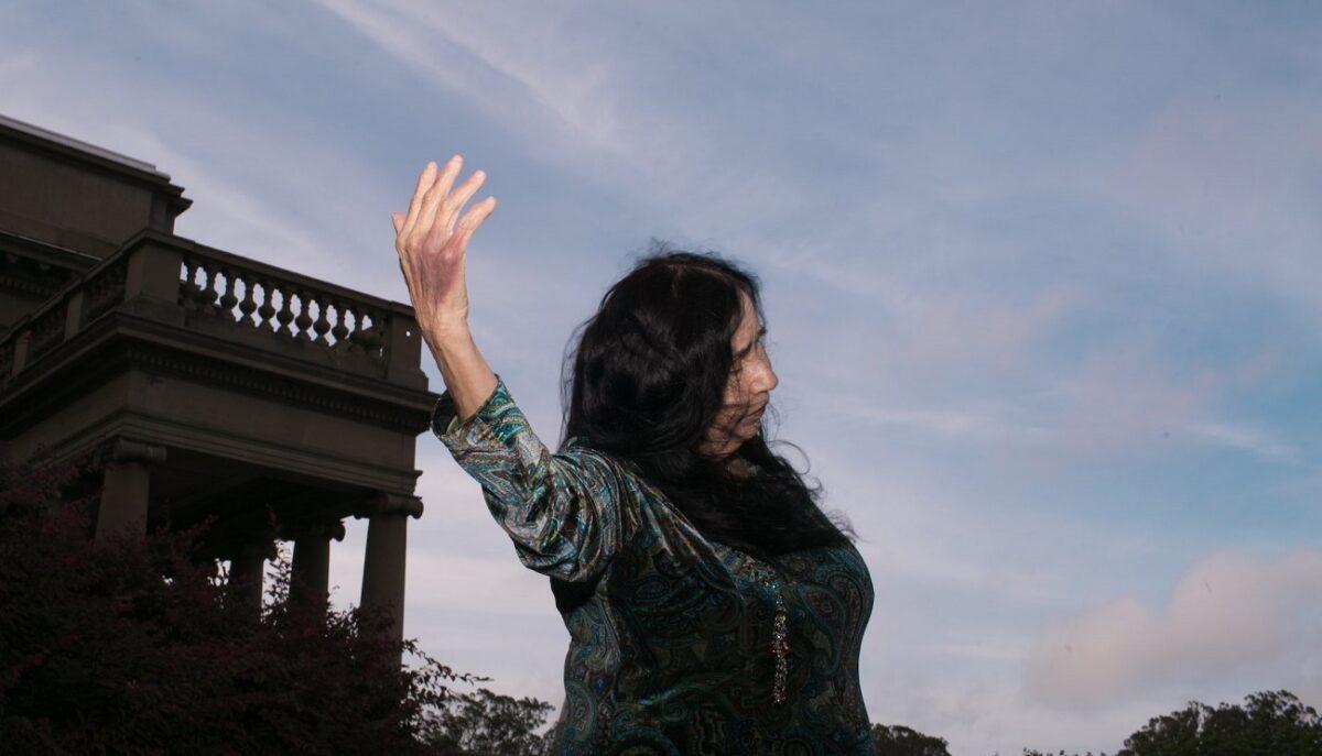 Полин Анна Стром выпустит «Angel Tears In Sunlight», первый альбом за 30 лет 1