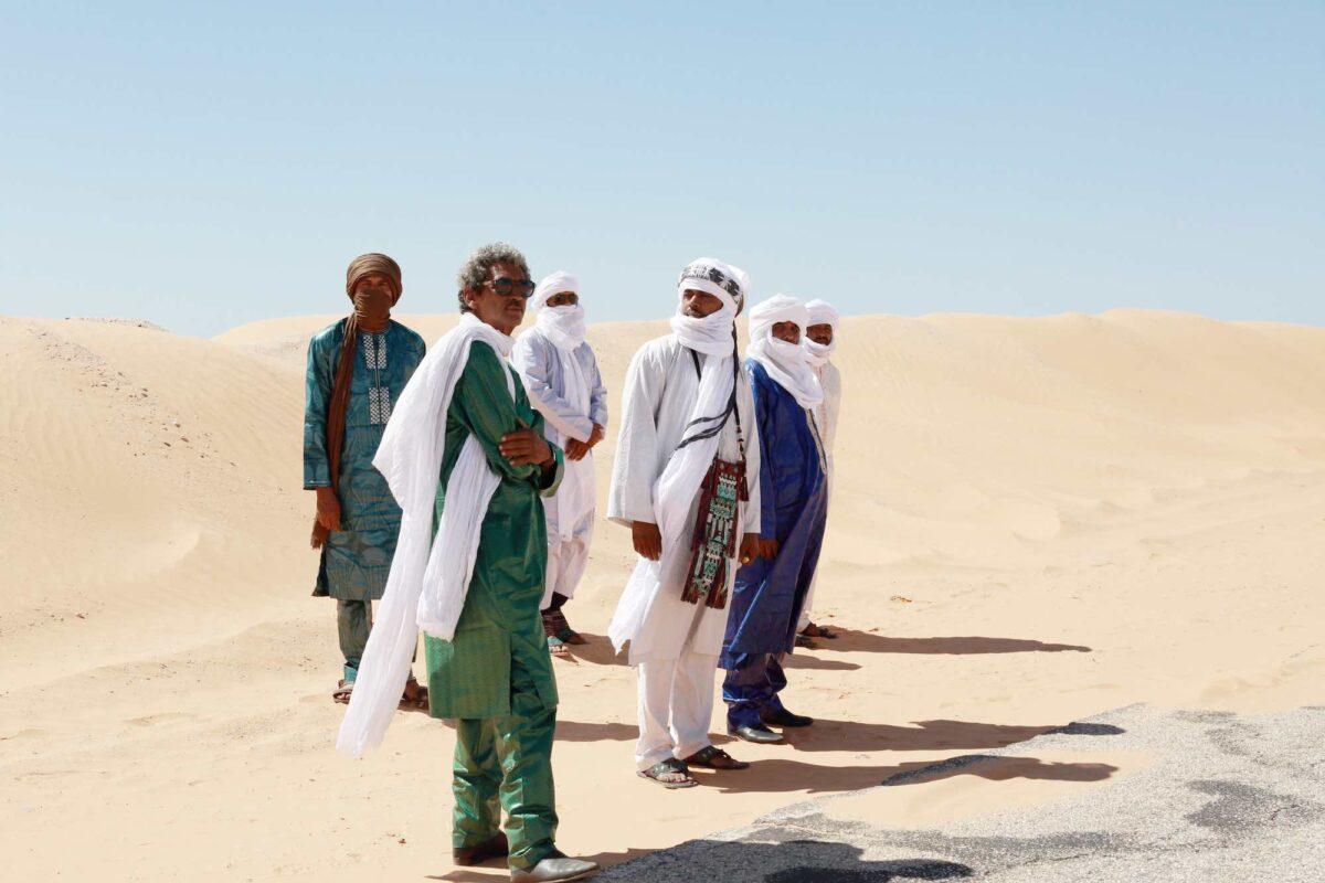 Буря в пустыне: Тишумарен, современная музыка туарегов