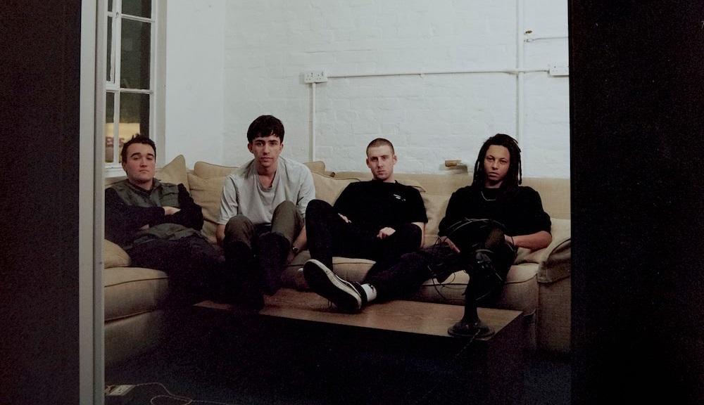 Folly Group дебютируют с видео «Four Wheel Drive»