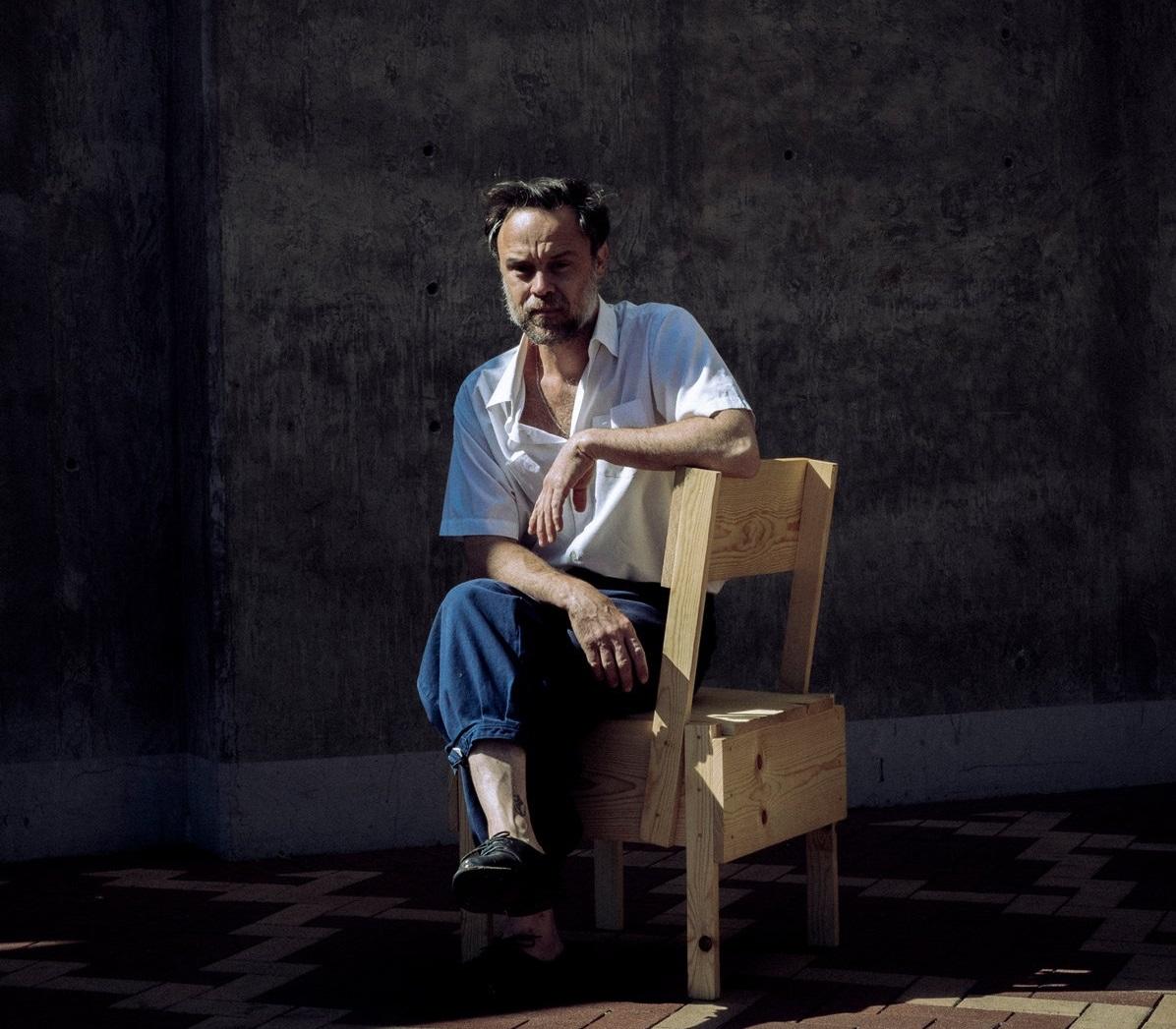 "Родриго Амаранте визуализирует творческий процесс на новом видео ""Mare"" 1"