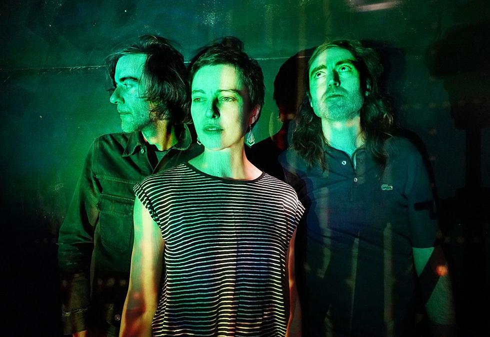 "A Place To Bury Strangers записали новый EP ""Hologram"" 1"