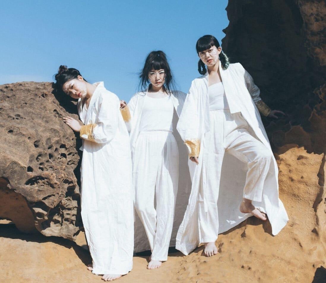 "Kuunatic создают собственный мир на сингле ""Titian"" 1"
