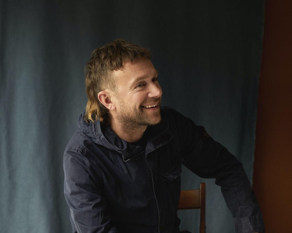 """Деймон Албарн записал лиричный сингл """"Particles"""" 1"""