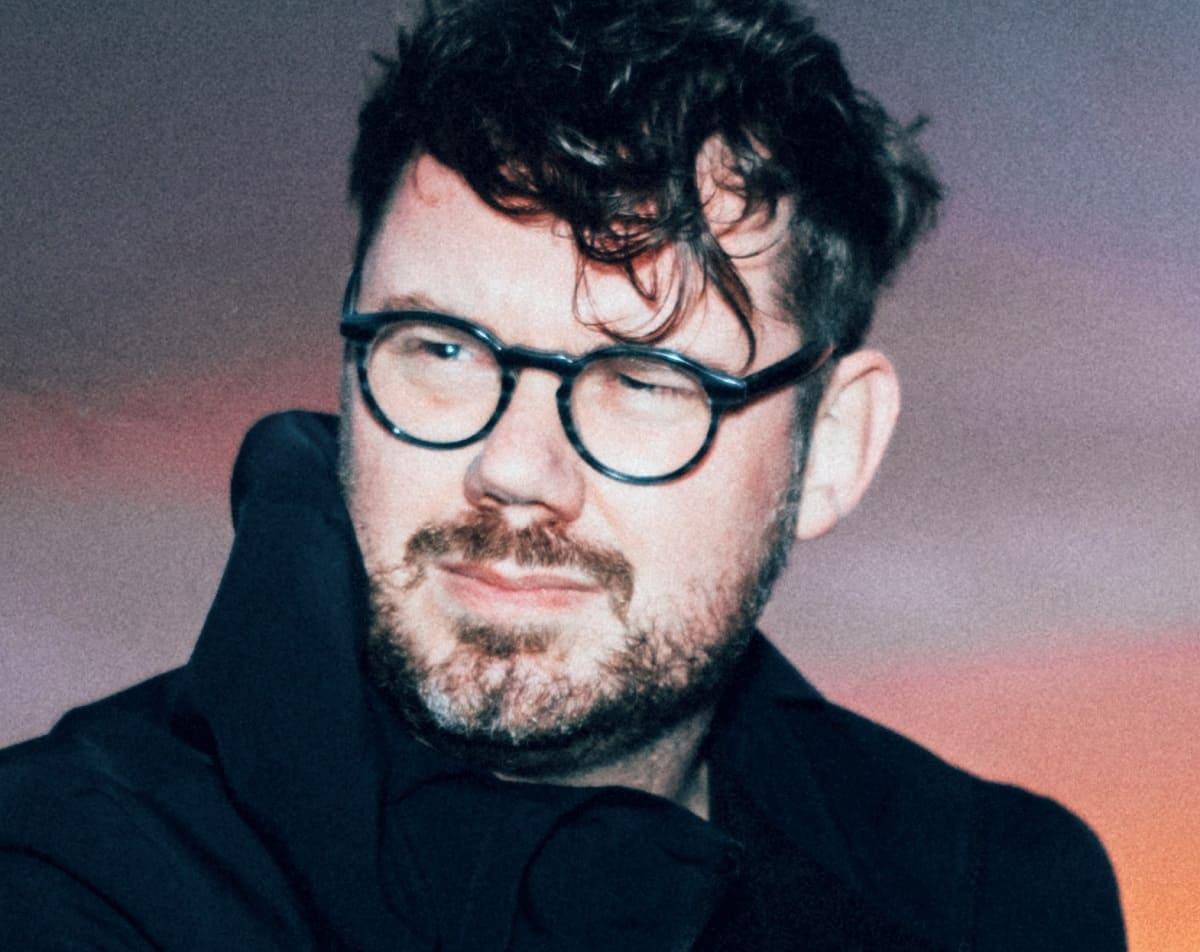 """Тим Шил записал атмосферный сингл """"Sparrow"""" 1"""