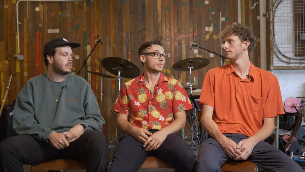 """Vels Trio выпустили лид-сингл """"May As Well Be"""" с дебютного LP 1"""