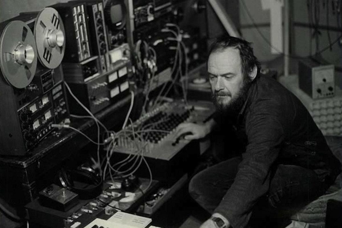 """Альбом-компиляция """"Far View"""" исследует библиотечные альбомы Йоэла Вандрогенбрука 1"""